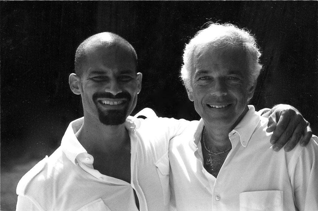 Можный кутюрье Ральф Лорен - на фото справа