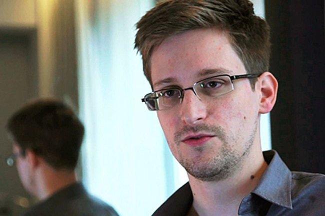 Американская разведка считает, что Россия готова выдать Эдварда Сноудена США