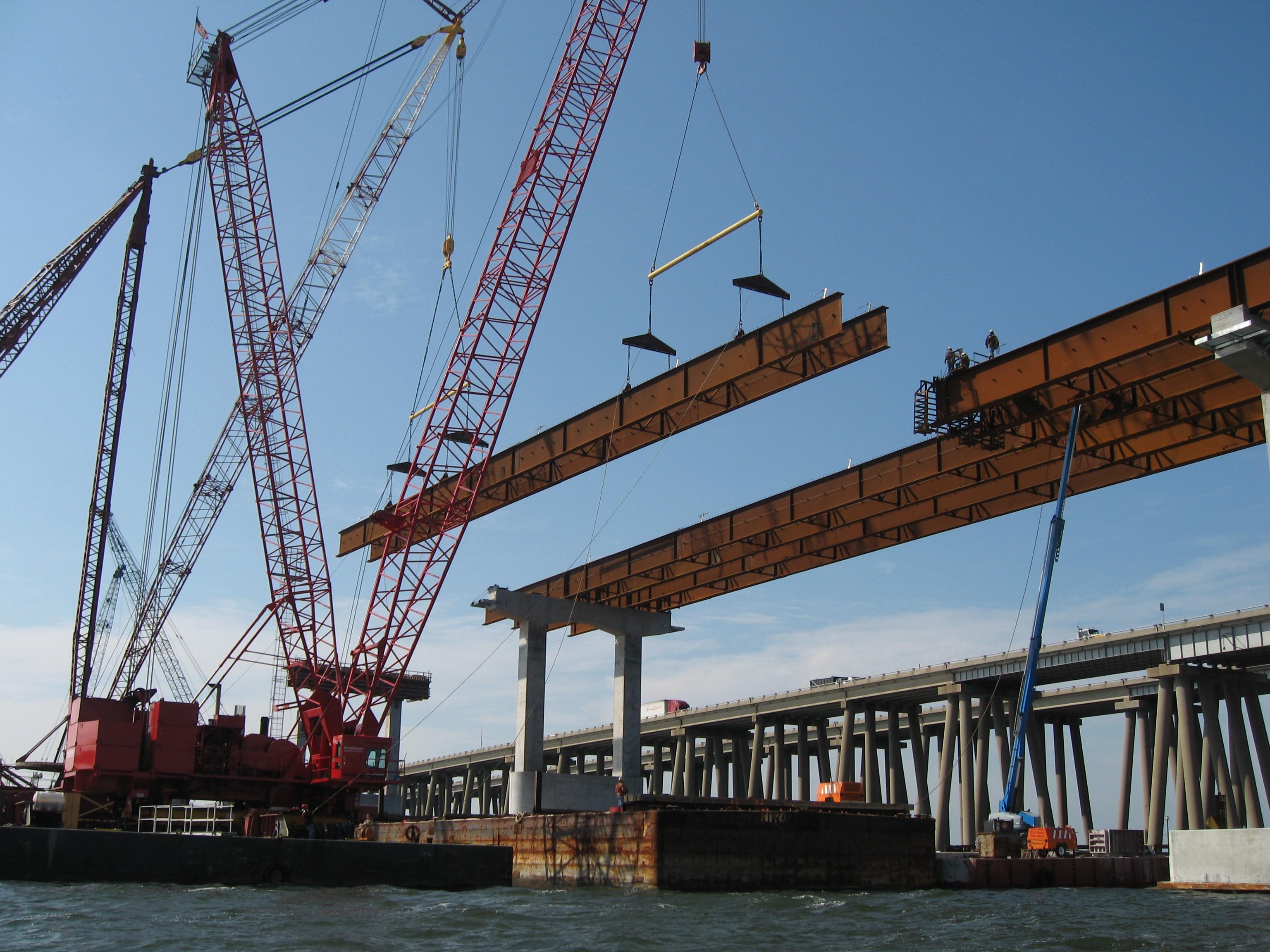 Крымский мост и«Сила Сибири» активизировали российскую металлургию