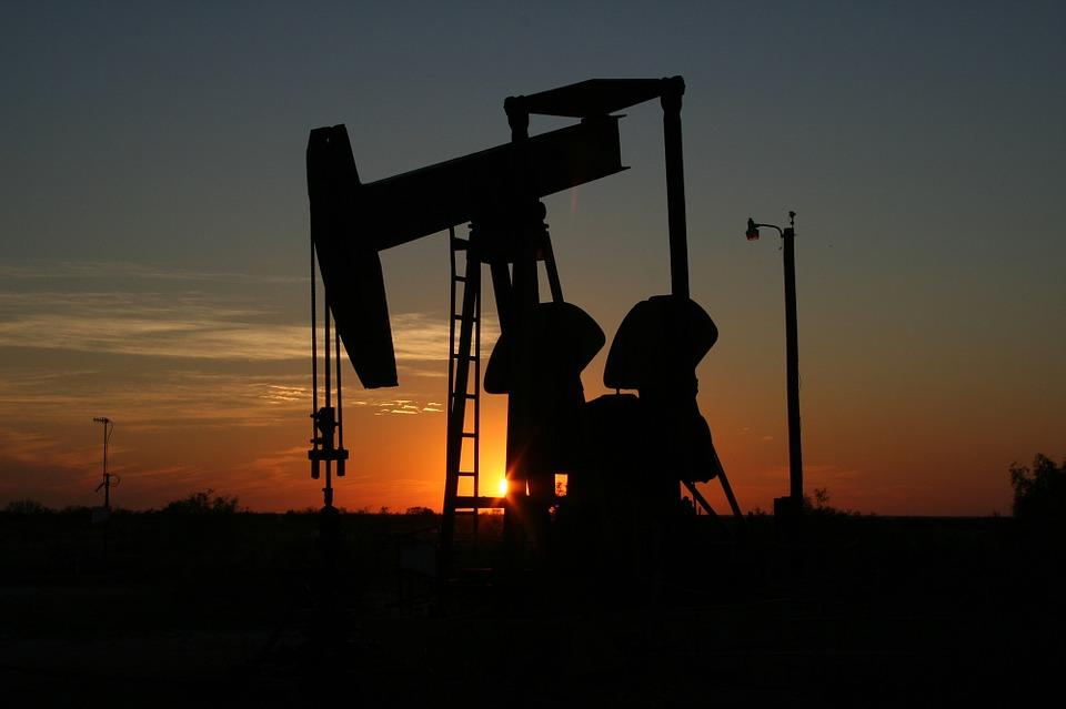 Токарев: Продление соглашения о уменьшении добычи нефти отразится надоходах «Транснефти»