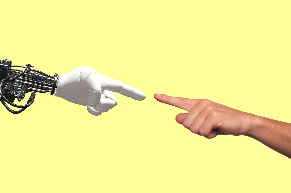 Создан первый в мире робот – пастор