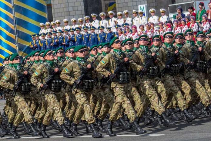 Парад в Киеве https://ua.news