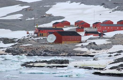 Антарктика превращена учеными вдетектор частиц