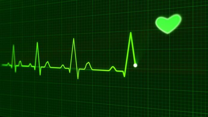 В Китае врачи спасли девочку с небьющимся сердцем