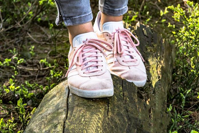 Ученые: Кроссовки могут довести до стрессовых переломов и судорог