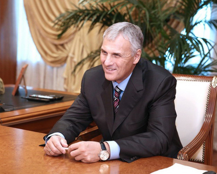 Верховный суд отменил арест экс-главы Сахалина Хорошавина