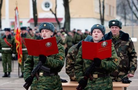Министр обороны Шойгу не исключает отмены призыва срочников в армию