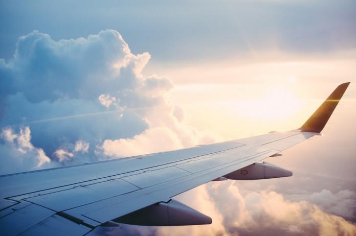 В Краснодаре экстренно сел самолет Red Wings